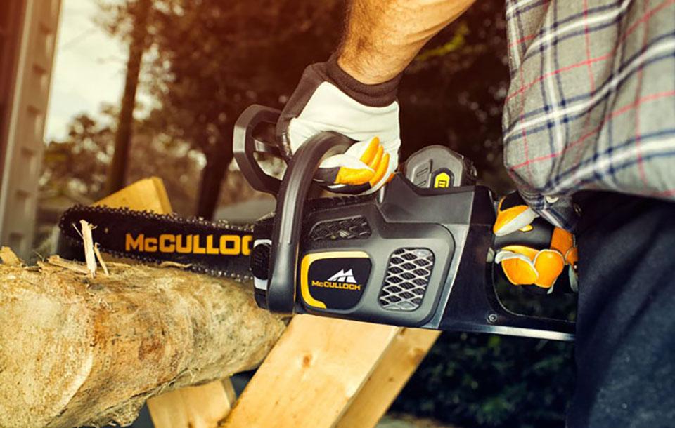 mcculloch chainsaw 960x610 1